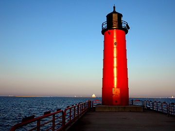 Milwaukee Pierhead and Breakwater Lighthouses